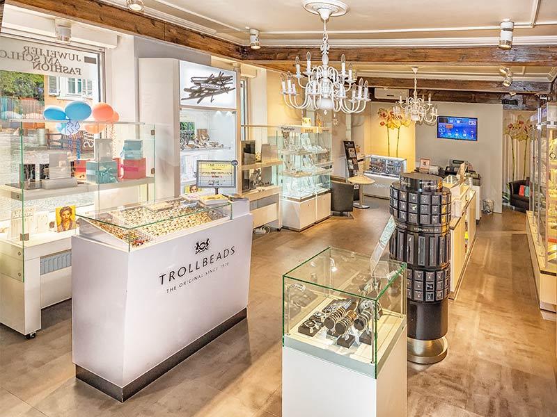 Fashion entdecken bei uns im Store - Fashion Juwelier am Schloss in Schwetzingen