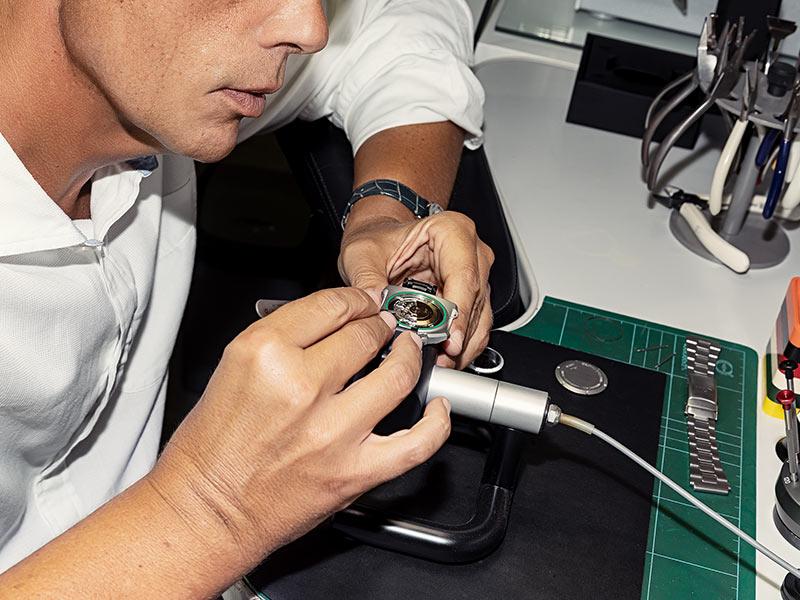Uhrenwerkstatt, Reparatur, Service - Goldschmiede Juwelier am Schloss in Schwetzingen